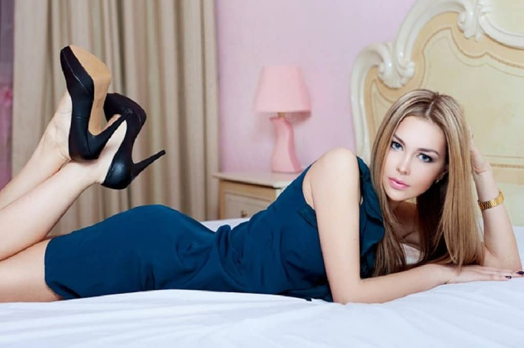 AnastasiaDate.com: What are Phone Dating Services?